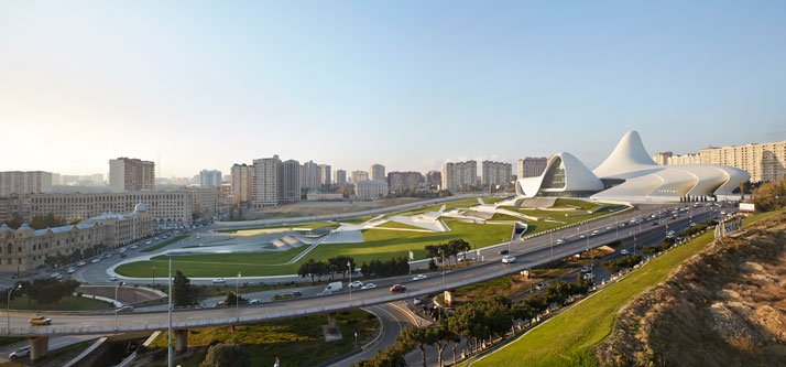 b-Heydar-Aliyev-Center-Baku-Azerbaijan-Zaha-Hadid-photo-by-Hufton-Crow-yatzer