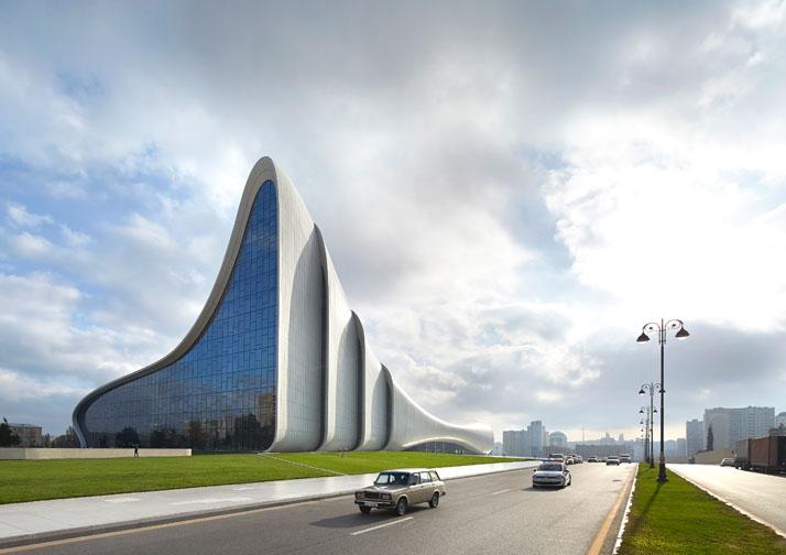 c-Heydar-Aliyev-Center-Baku-Azerbaijan-Zaha-Hadid-photo-by-Hufton-Crow-yatzer
