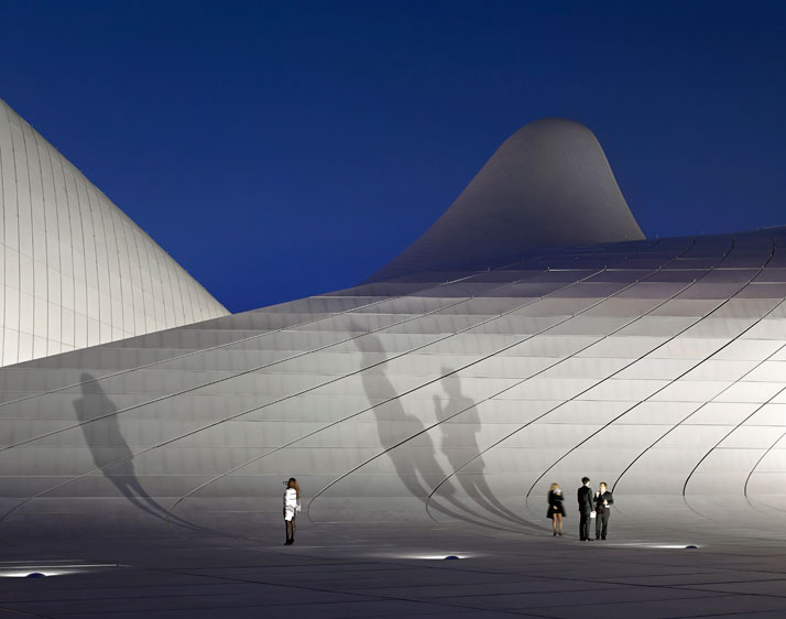 kd-Heydar-Aliyev-Center-Baku-Azerbaijan-Zaha-Hadid-photo-by-Hufton-Crow-yatzer