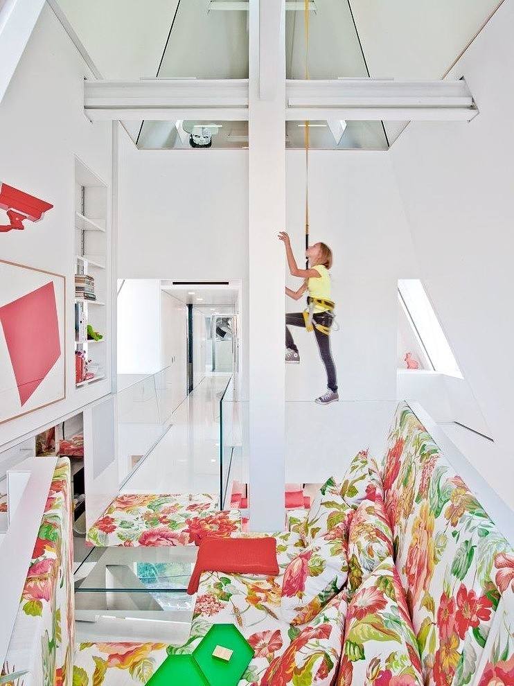 013-skyhouse-ghislaine-vias-interior-design
