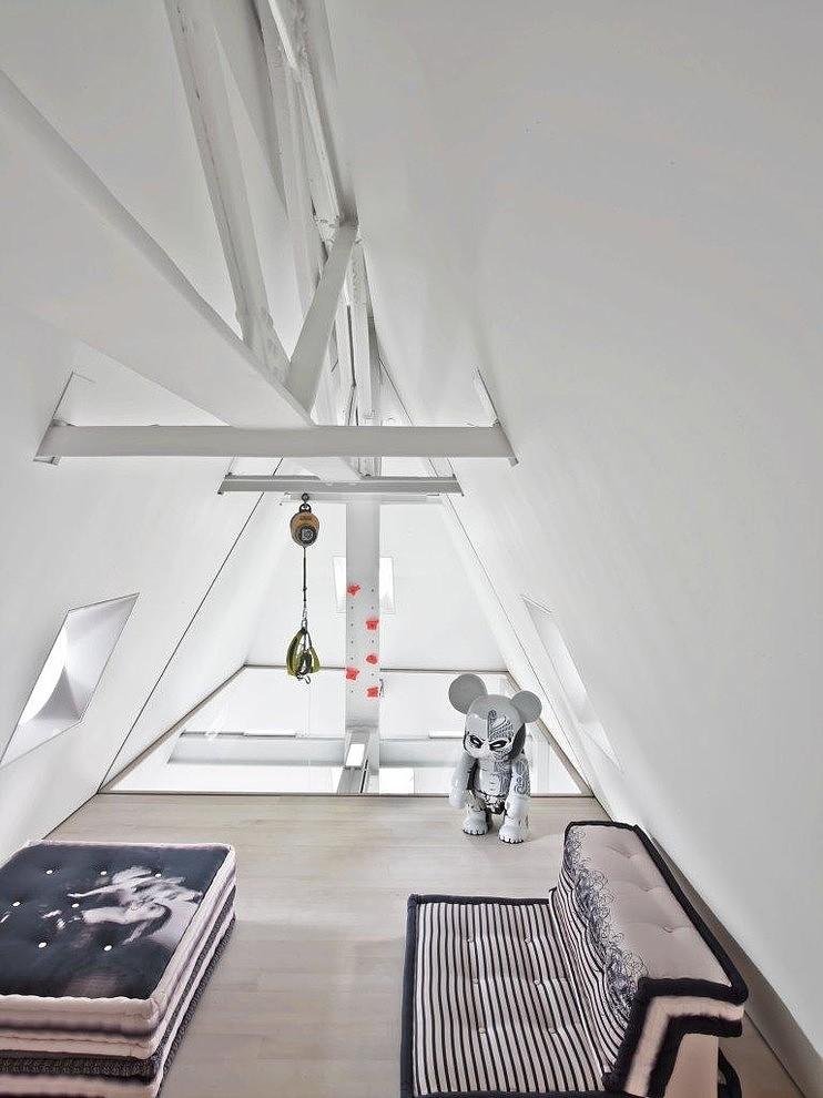 017-skyhouse-ghislaine-vias-interior-design