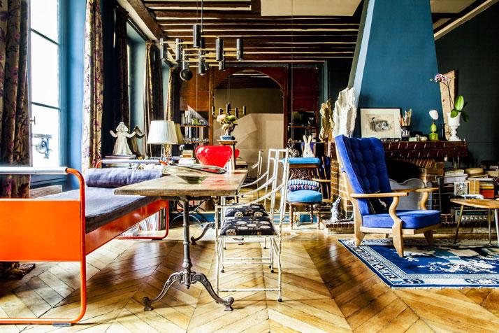 Shinsuke-Kawahara-Whimsical-Paris-Apartment-photo-Matthieu-Salvaing-yatzer-2