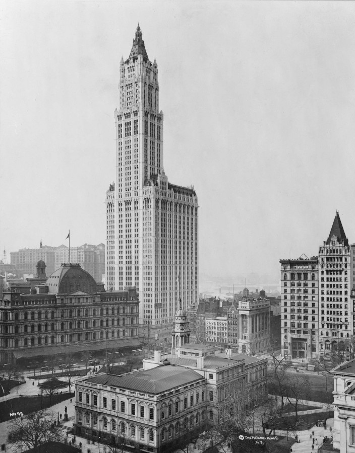View_of_Woolworth_Building_fixed