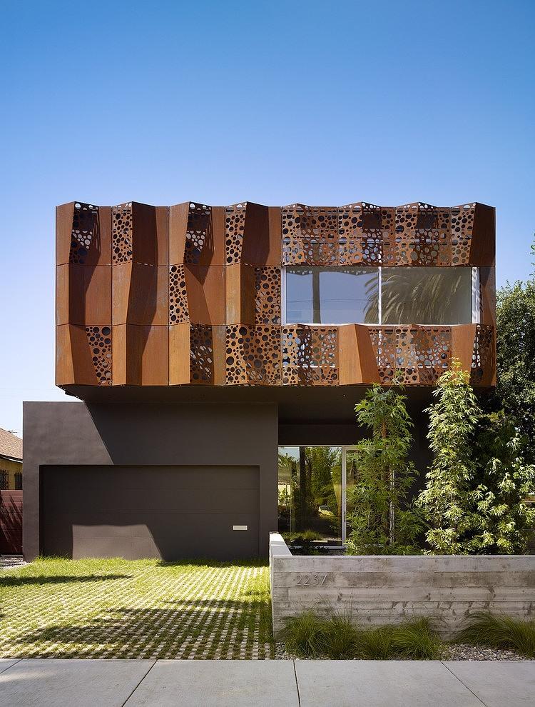 001-walnut-residence-modal-design