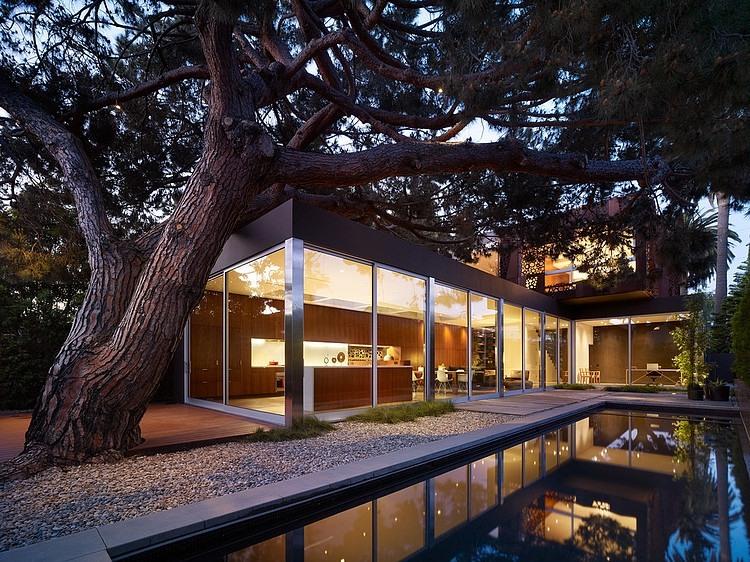 004-walnut-residence-modal-design