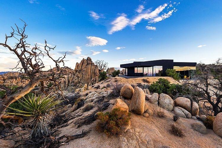 001-black-desert-house-oller-pejic-architecture