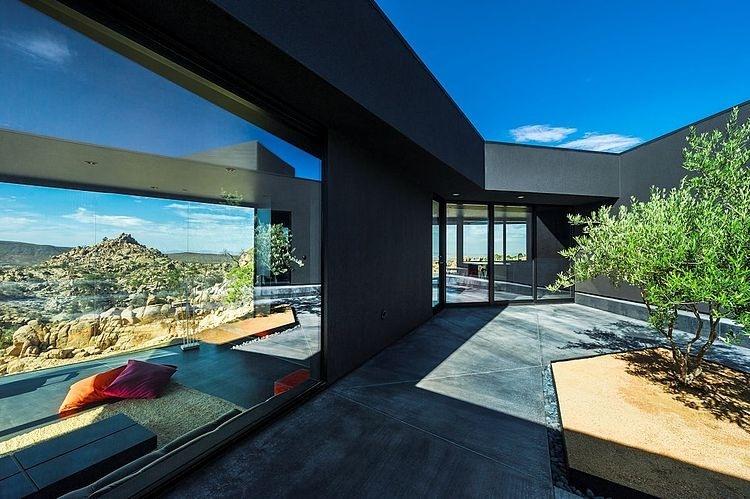 016-black-desert-house-oller-pejic-architecture