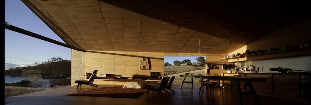 51cca123b3fc4b21420000a4_casa-de-los-esquiladores-john-wardle-architects_06_0811mk_phot_h_tmein_m2916_5493-1000x338