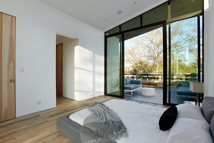 022-mansfield-residence-adeet-madan