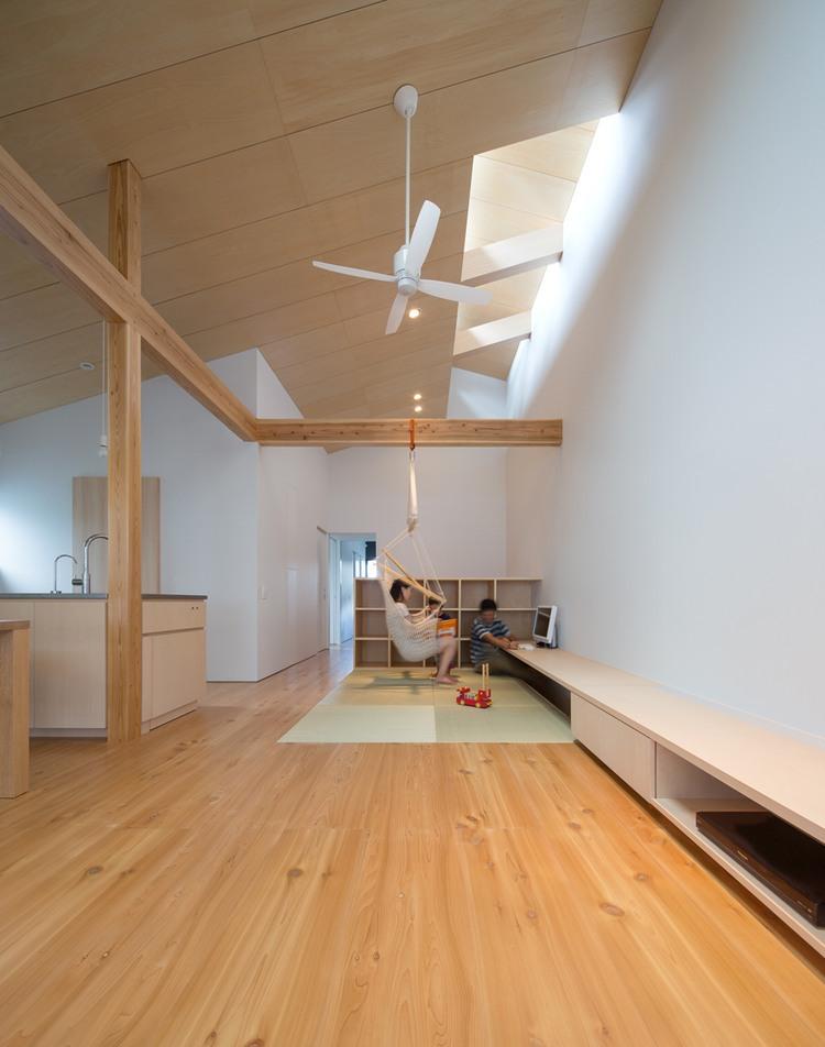 009-house-asani-sakai-architecture