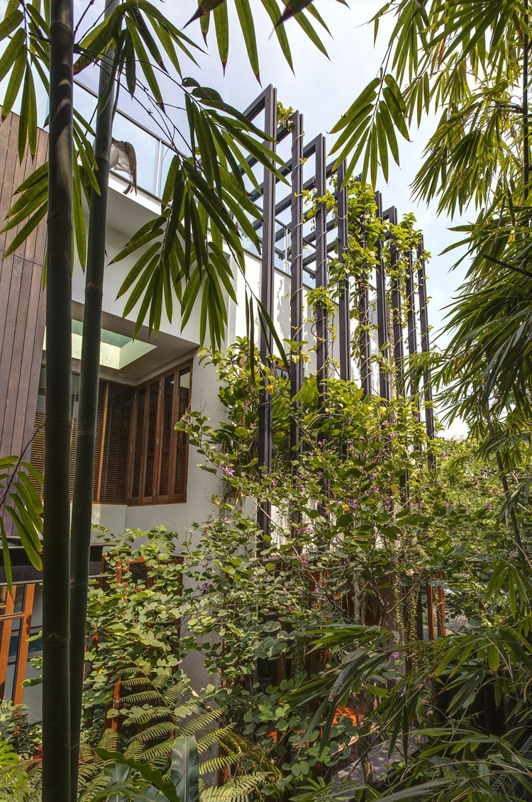 002-merryn-road-house-aamer-architects