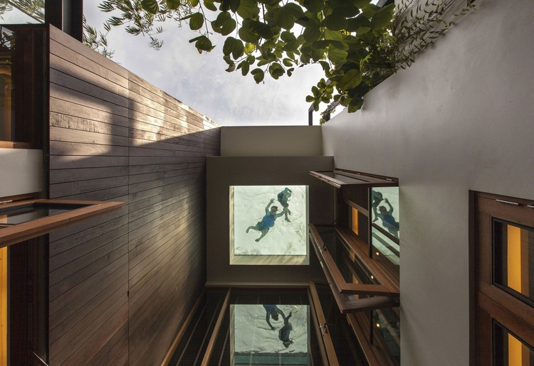 006-merryn-road-house-aamer-architects