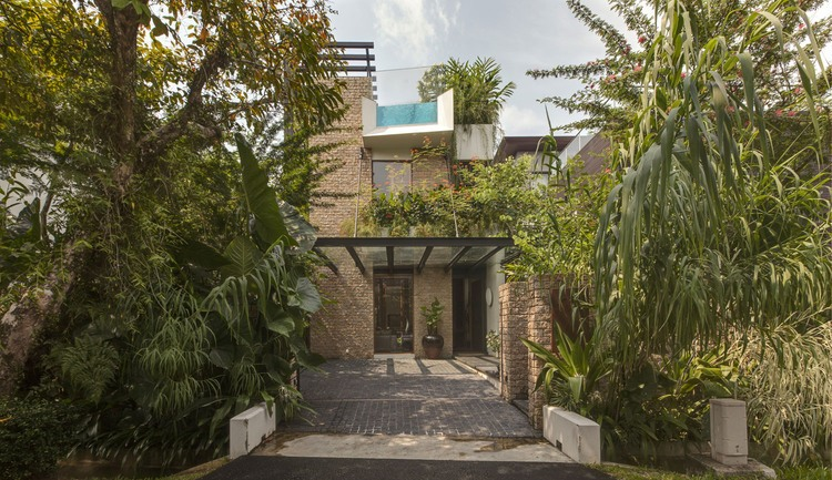 007-merryn-road-house-aamer-architects