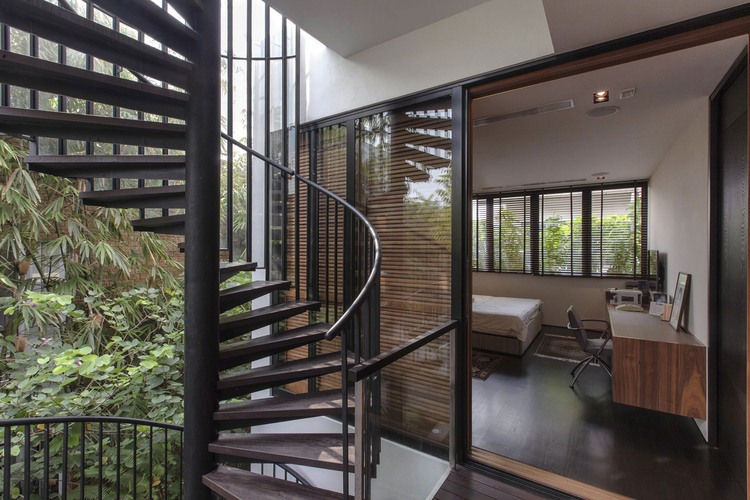 018-merryn-road-house-aamer-architects