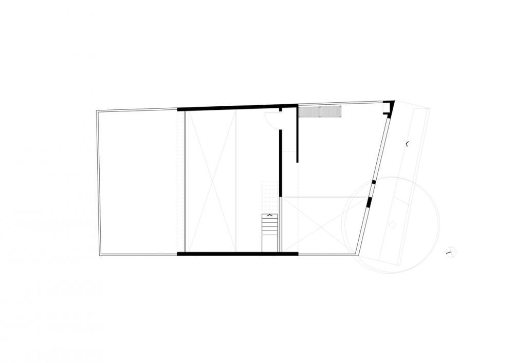 50cefad6b3fc4b7062000588_casa-maracan-terra-e-tuma-arquitetos-associados_first_floor_plan1-1000x707