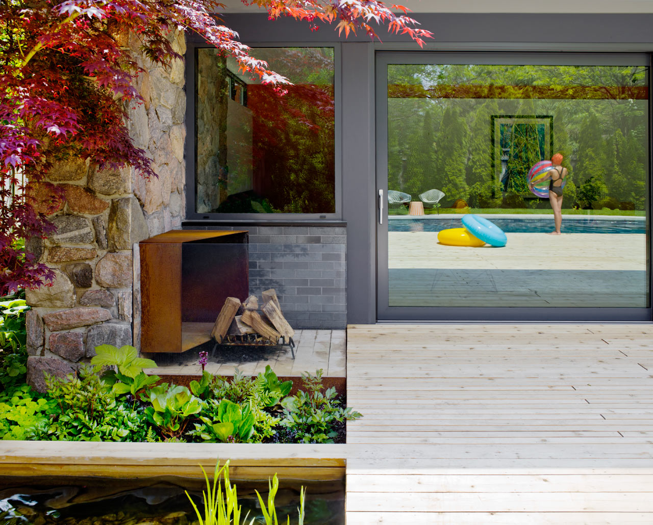 Mid-Century-Poolhouse-Tongtong-2