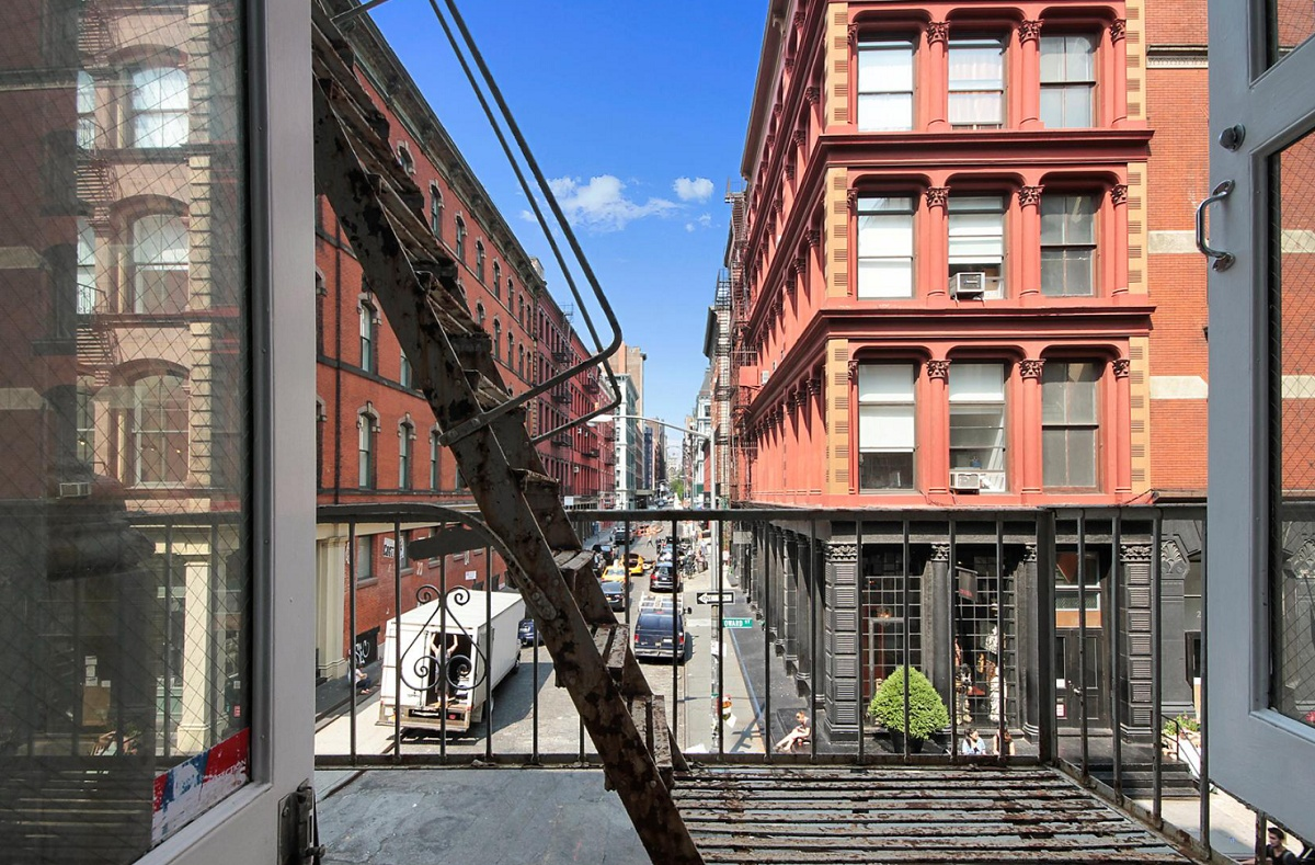 27-Howard-Street-2nd-Floor-Fire-Escape