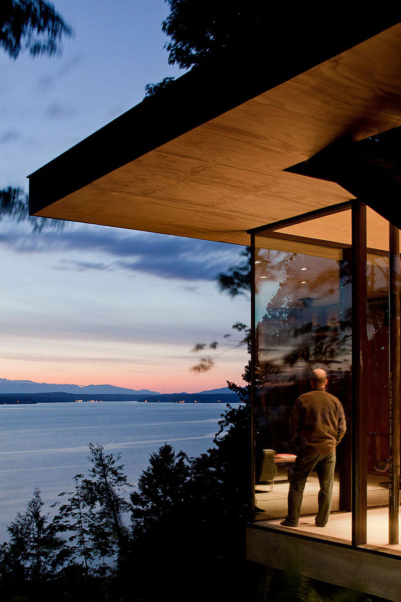 Case-Inlet-Home-Glass-Walls-Inlet-Views