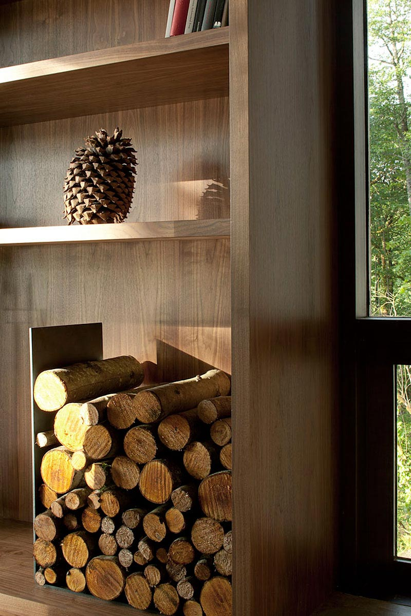 Case-Inlet-Home-Log-Store
