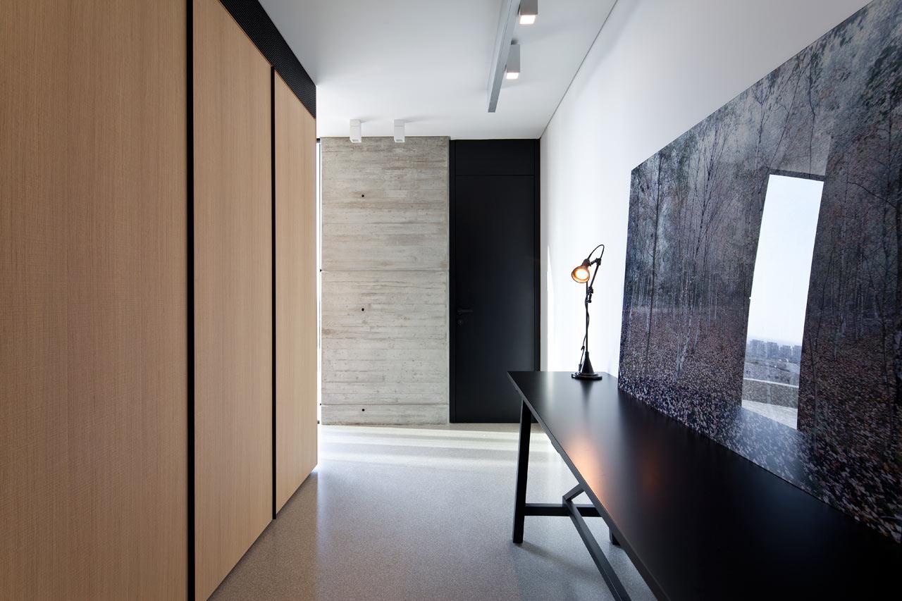 Y-Duplex-Penthouse-Pitsou-Kedem-Architects-16