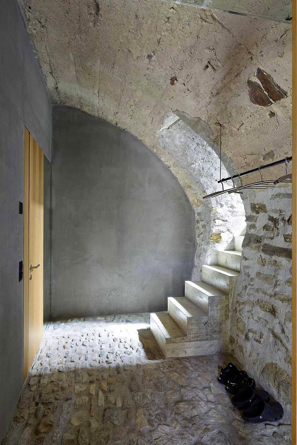 stone_house_scaiano_hqroom_ru_13
