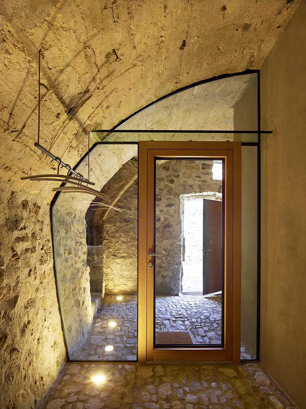 stone_house_scaiano_hqroom_ru_17