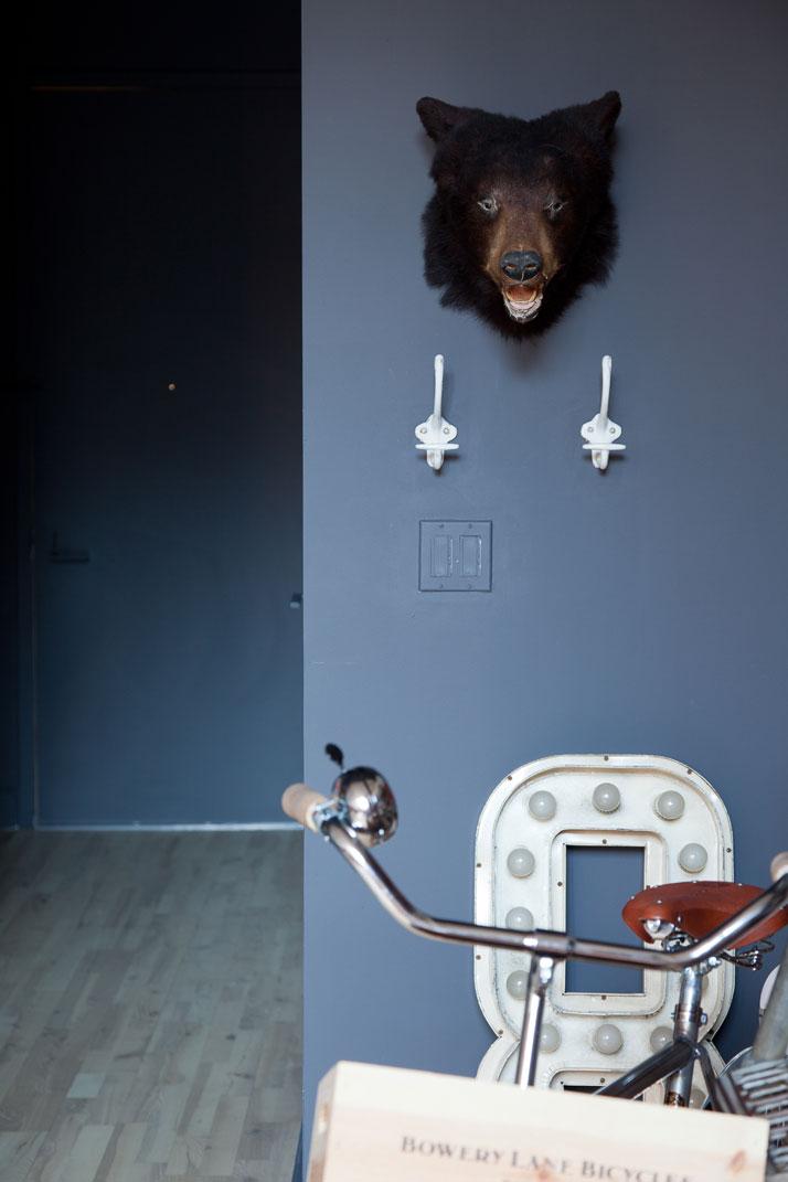 3_Hussein_Jarouche_Apartment_Chelsea_NYC_Fran_Parente_yatzer
