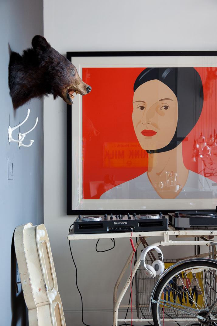 7_Hussein_Jarouche_Apartment_Chelsea_NYC_Fran_Parente_yatzer