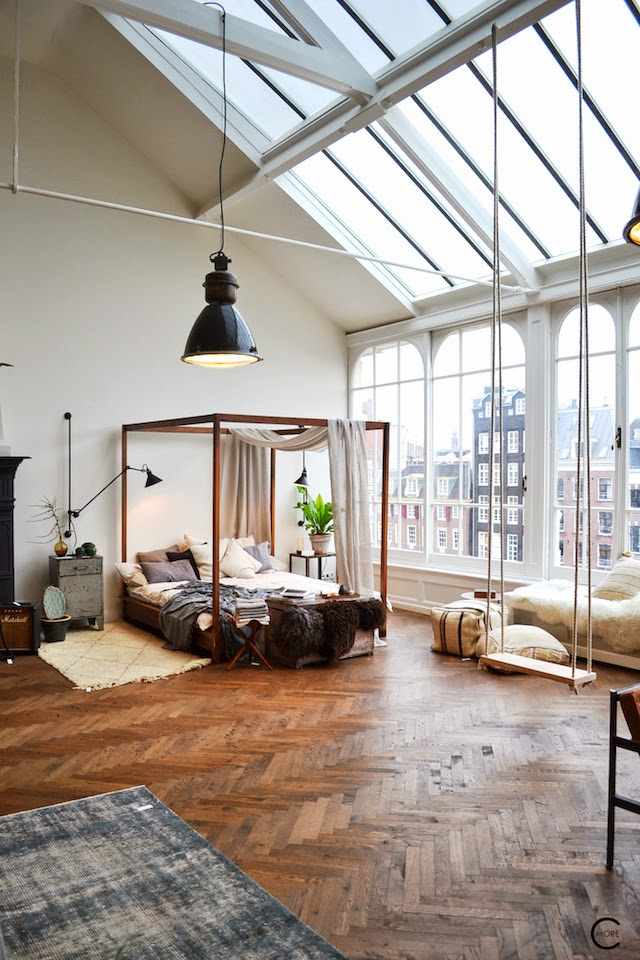 THE LOFT AMSTERDAM PLAYING CIRCLE DECEMBER 2014 BY C-MORE INTERIOR BLOG BED POUF WOODEN FLOOR LINNEN LAMP OVERVIEW