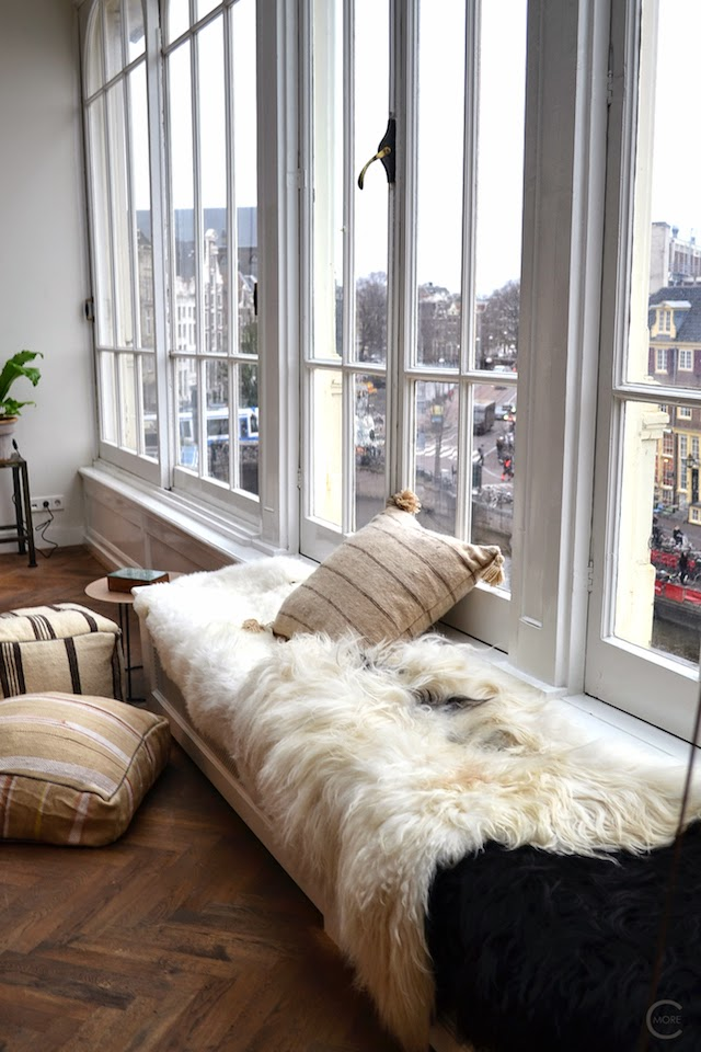 THE LOFT AMSTERDAM PLAYING CIRCLES DECEMBER 2014 BY C-MORE INTERIOR BLOG LAMB WOOL WINDOWS RUG VINTAGE WOOD FLOOR