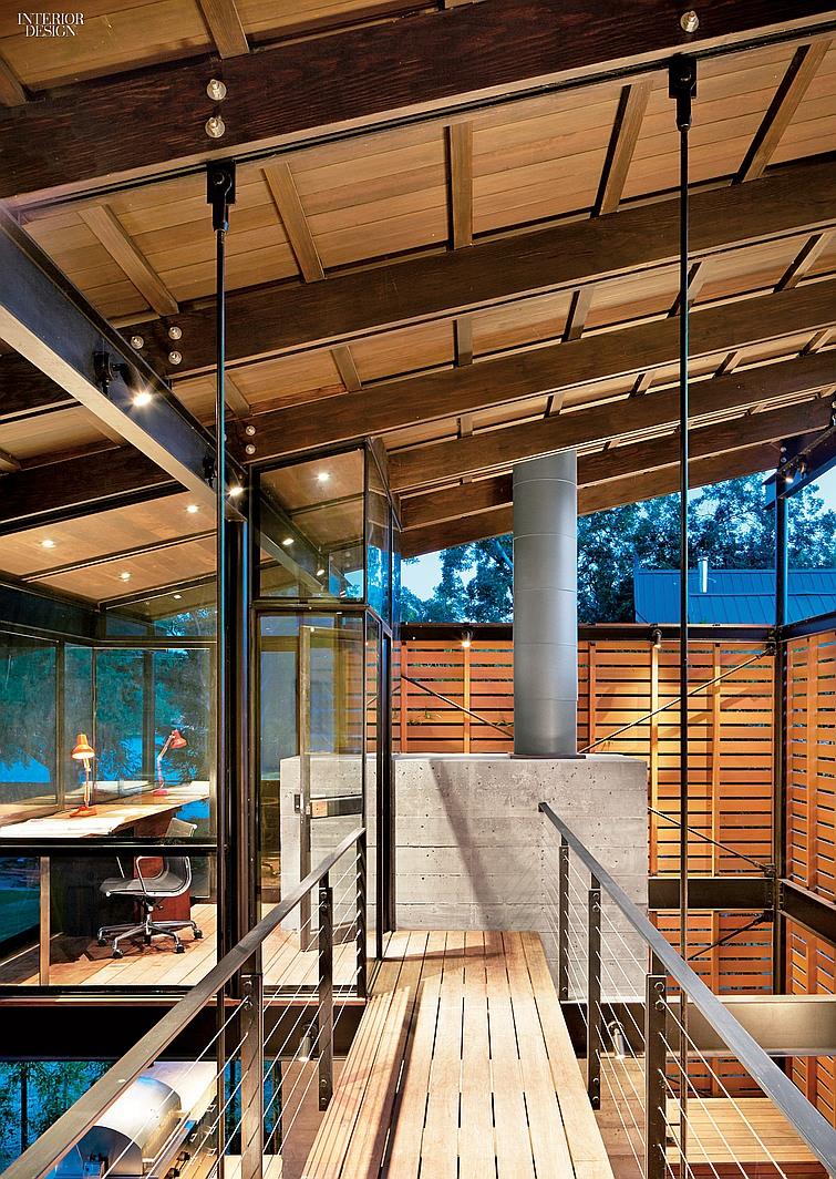 thumbs_10017-bridge-hallway-texas-lake-house-lake-flato-abode-1014.jpg.0x1064_q91_crop_sharpen