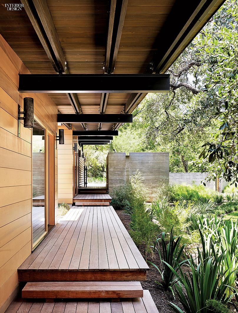 thumbs_77674-porch-texas-lake-house-lake-flato-abode-1014.jpg.0x1064_q91_crop_sharpen
