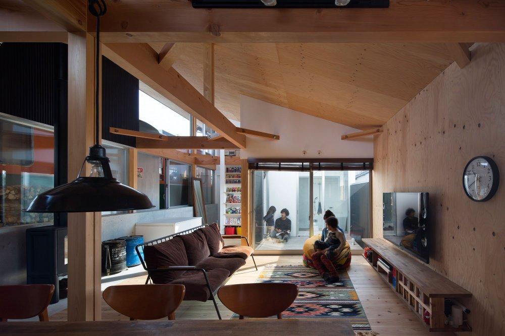 interior-platform-house1