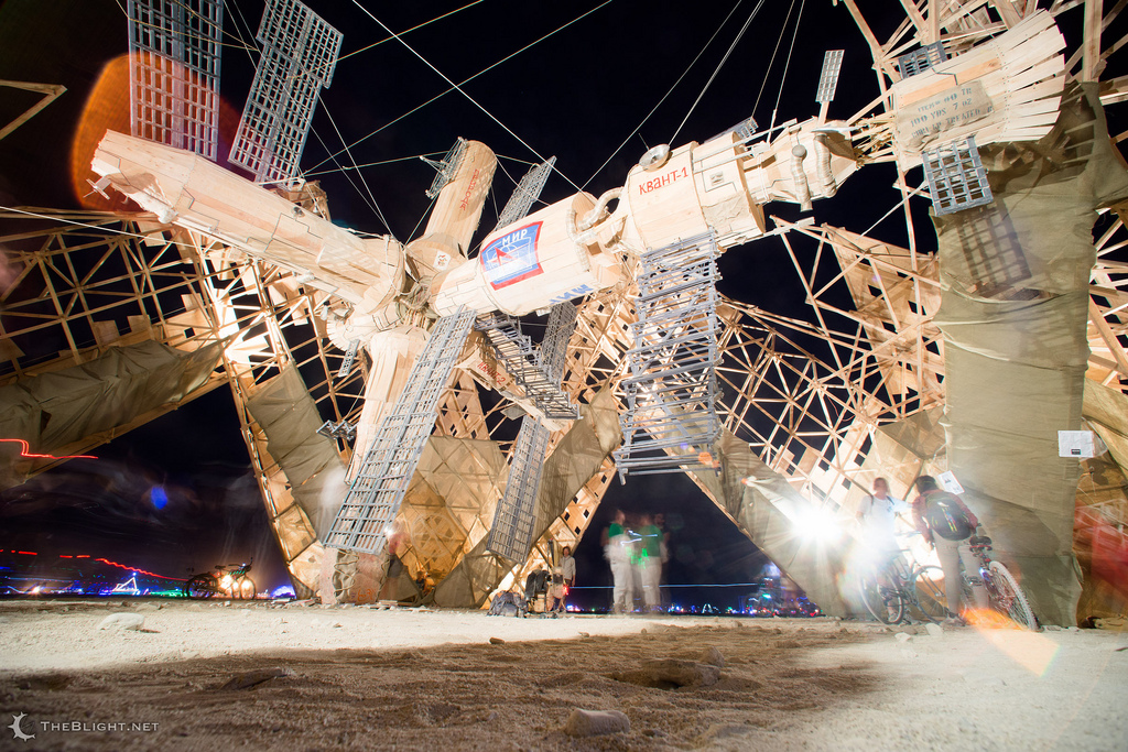 Burning-man-2013-12-NEIL-GIRLING