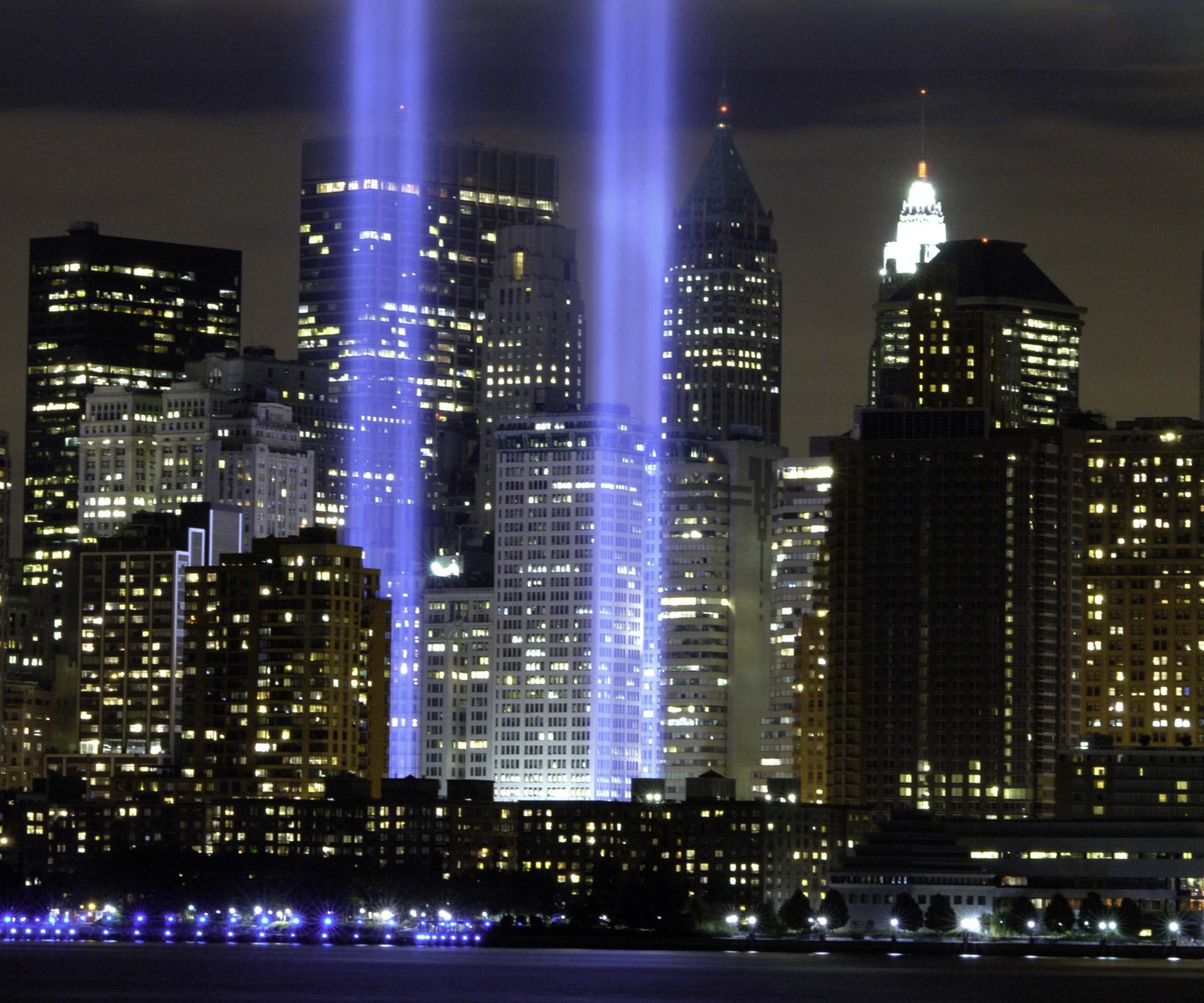 Tribute-In-Light-National-September-11-Memorial-Museum-New-York