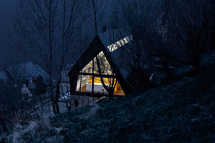 Architects-Cadaval-Sola-Morales-Pyrenees-yatzer-3
