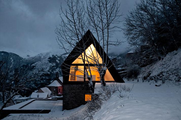 Architects-Cadaval-Sola-Morales-Pyrenees-yatzer-4