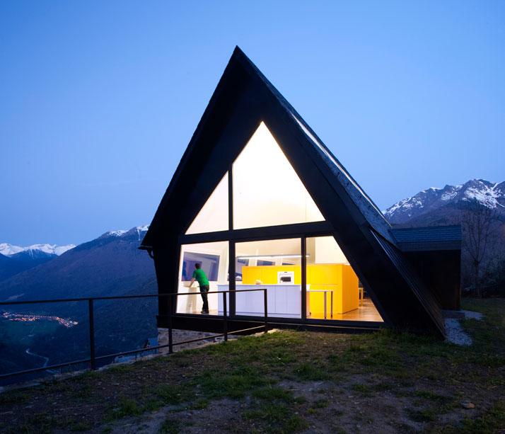 Architects-Cadaval-Sola-Morales-Pyrenees-yatzer-12
