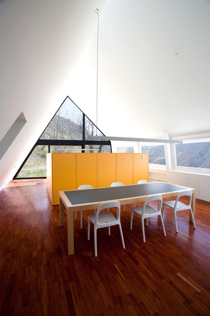 Architects-Cadaval-Sola-Morales-Pyrenees-yatzer-13