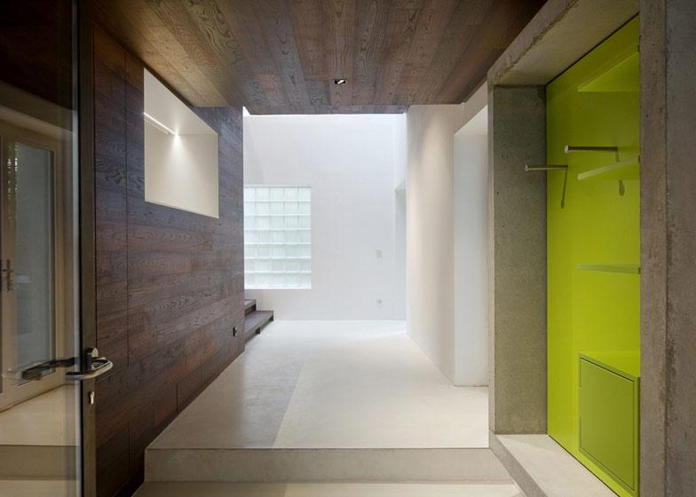 dezeen_Step-House-by-Moussafir-Architectes_ss_7