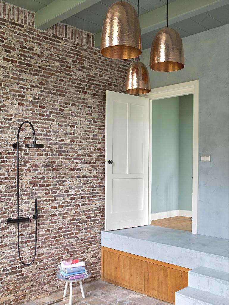 Verbouwde-woonboerderij-badkamer-douche-35