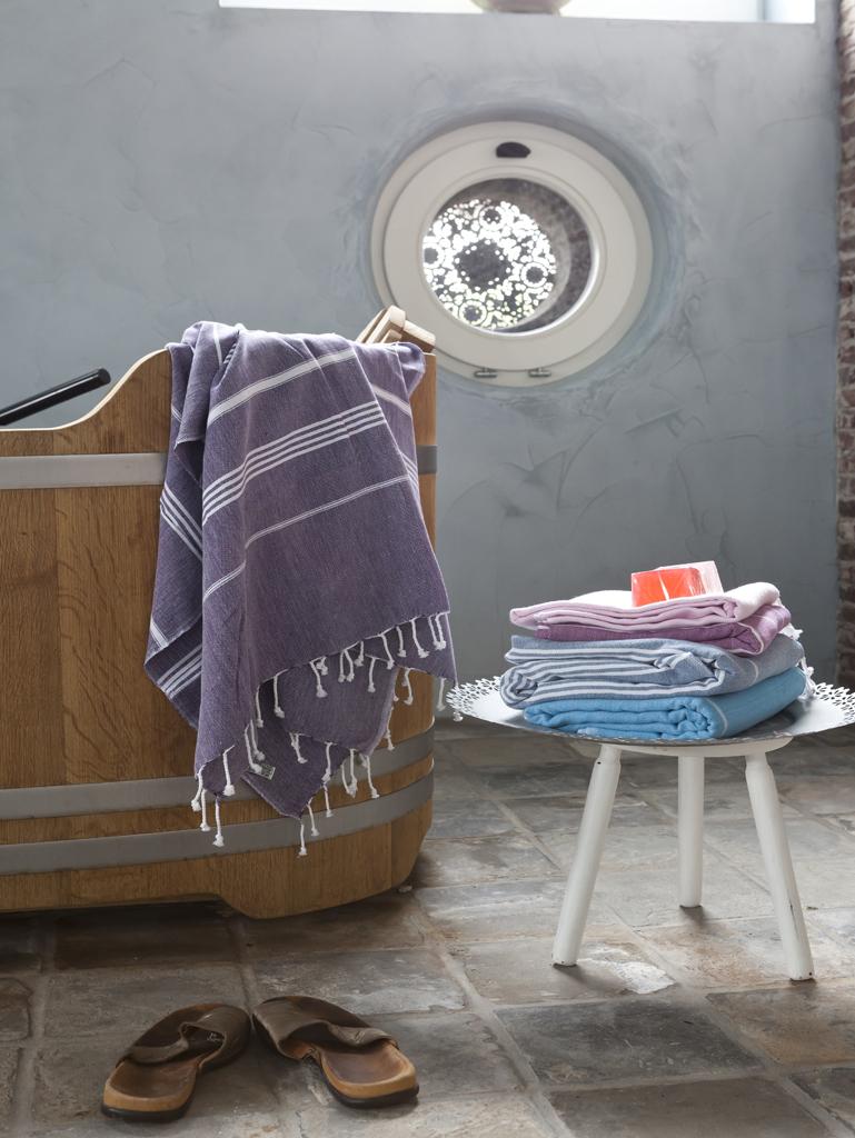 x1-interieurontwerp-badkamer-houten-badkuip2