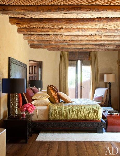 item20.rendition.slideshowWideVertical.will-jada-pinkett-smith-home-21-guest-bedroom