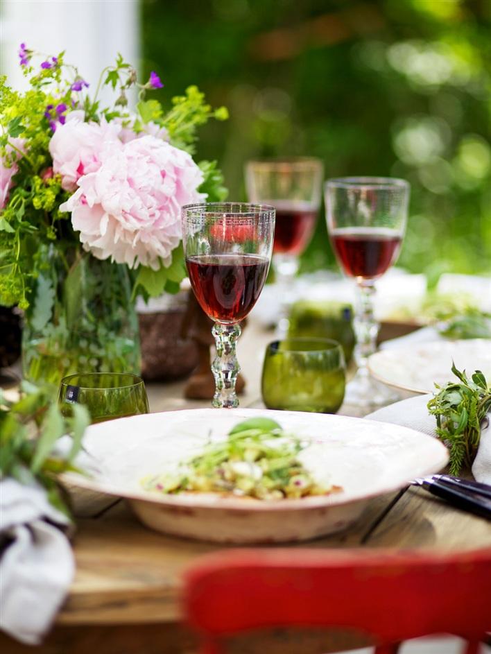 miss-design.com-interior-garden-greenhouse-summer-swedish-3