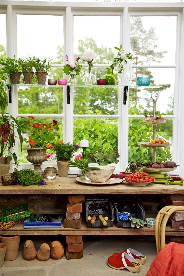 miss-design.com-interior-garden-greenhouse-summer-swedish-8