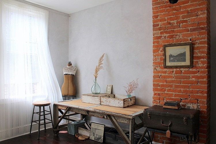 014-eclectic-south-philly-row-house