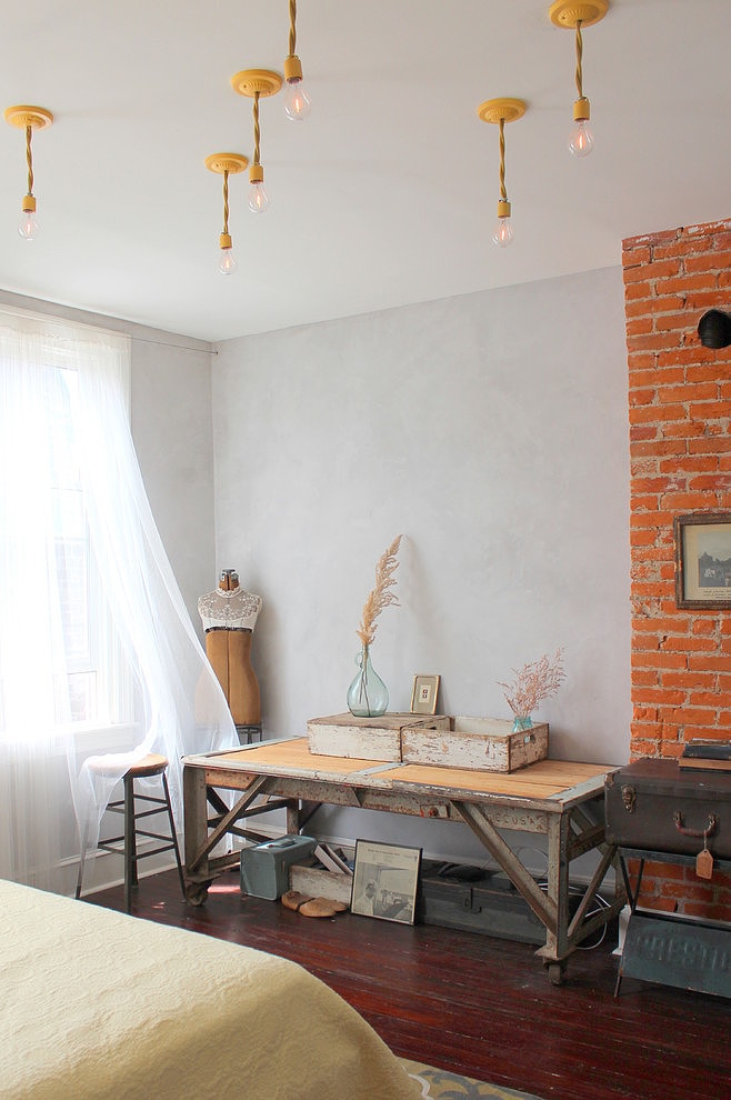 015-eclectic-south-philly-row-house