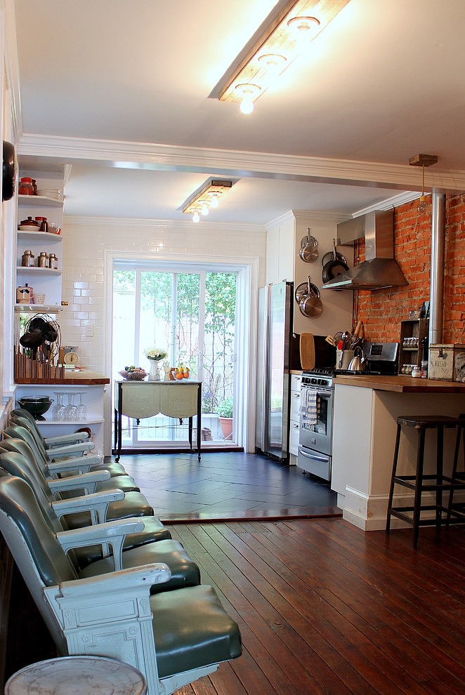 017-eclectic-south-philly-row-house