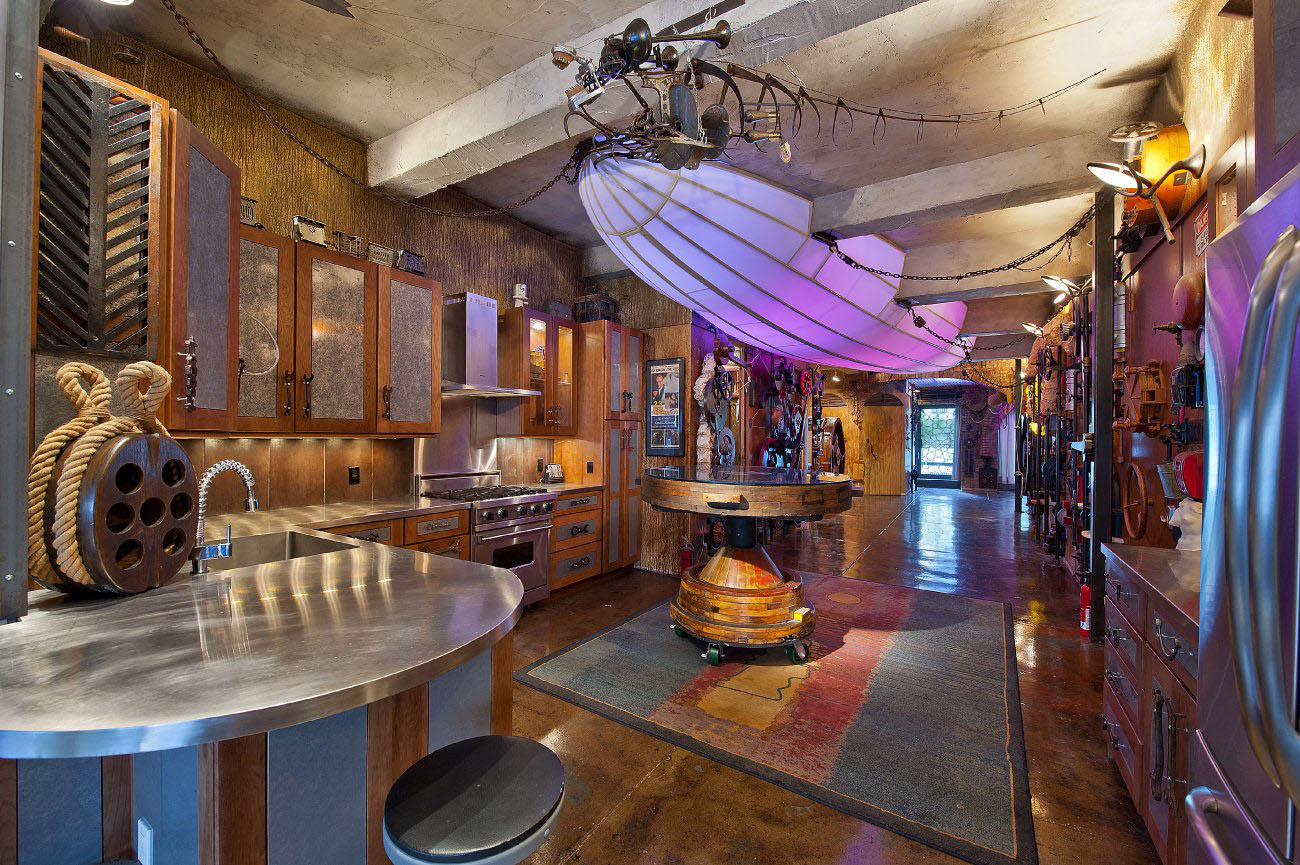 Steampunk-Loft-Apartment_1
