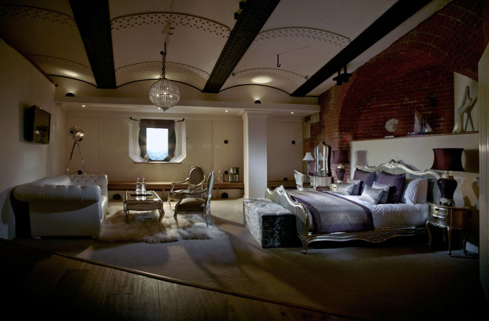 A-Victorian-Coast-Defense-Fort-Is-Transformed-Into-A-Luxury-Hotel-Spitbank-Fort-yatzer-18